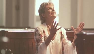 Ludmila Ferber lança novo clipe - O Caminho do Milagre