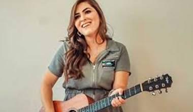 Amanda de Sá lança primeiro single pela Sony Music - Rei