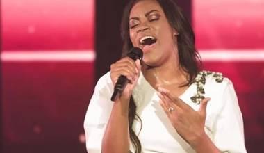 Elaine Martins lança Medley de sucessos