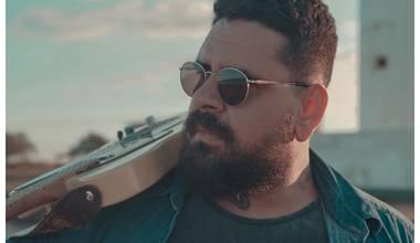 """Felipe Bodão estreia a sua carreira solo com o single """"Abre os Céus"""""""