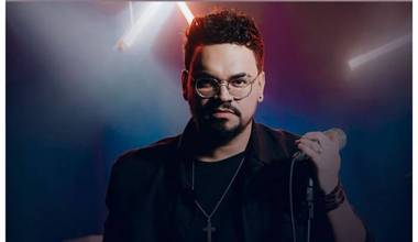 Kuka lança mais um clipe pela Sony Music - Teu Amor Não Falha