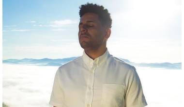 """""""Ele faz acontecer"""" é o terceiro single do álbum """"Aviva parte I"""" de Pedro Tertullian"""