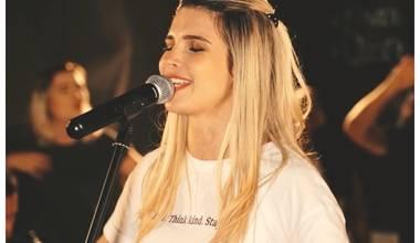 Monique Rostoldo lança seu novo single - Canção do Céu