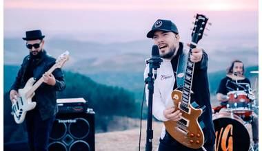 """Novo single de William Graziane """"Minha Vida É Te Adorar"""" chega às plataformas digitais"""