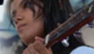 Estante da Vida, o terceiro álbum (que já é sucesso) de Heloisa Rosa