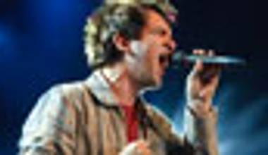 Regis Danese lança o dvd Faz um milagre em mim, gravado ao vivo