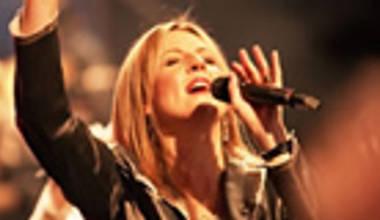 Hillsong Music Austrália lança seu novo álbum - Cornerstone. Leia nossos comentários