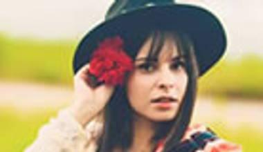 Ouvimos o novo disco da Marcela Taís - Moderno a moda antiga. Confira nossos comentários