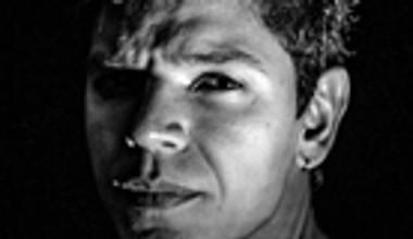 Ouvimos o álbum de estreia de Guilherme Borré - Singular. Confira nosso review