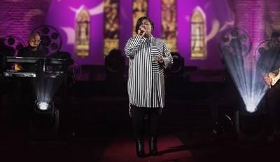 Jéssica Augusto encerra Live Session com versão inédita - És o Maior