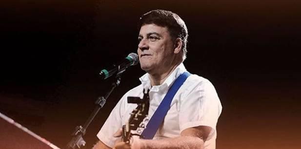 """Carlinhos Félix lança """"Sou Morada"""", primeira música de trabalho do projeto """"18"""""""
