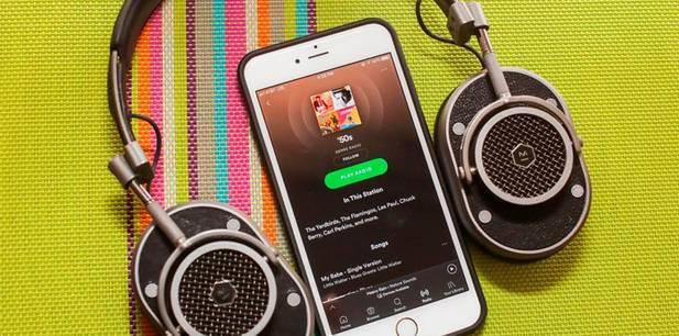 Saiba quanto custa assinar os serviços de música digital para ouvir música gospel