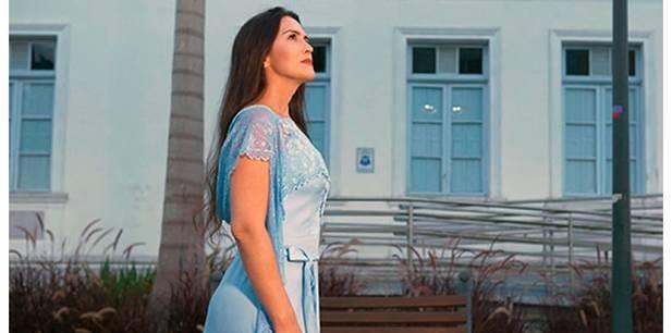 Adelãyne lança novo clipe – Palavra de Cura