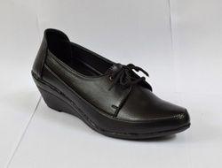 Shoe cloud 147