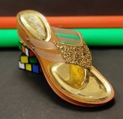 Humsafar footwear 183
