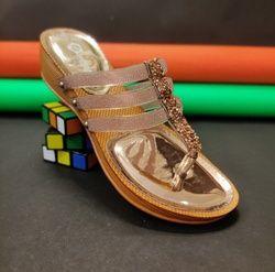 Humsafar footwear 184
