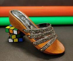 Humsafar footwear 185