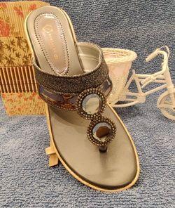 Humsafar footwear 229