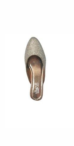 Pooja footwear 063