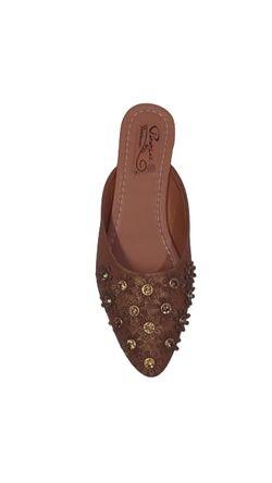 Pooja footwear 033