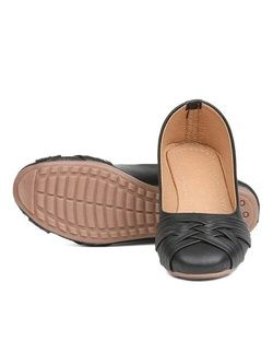 Pooja footwear 065