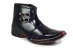 Ekta Footwear 302