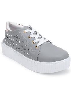 Shoe cloud 068