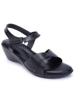 Shoe cloud 062