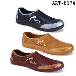 WORLDWEARFOOTWEAR 529