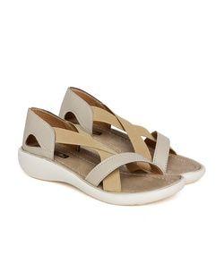 Bella Toes 035