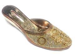 priyanka footwear 350