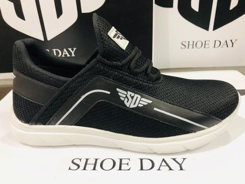 SHOE DAY-462