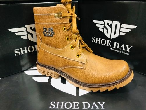 SHOE DAY-493