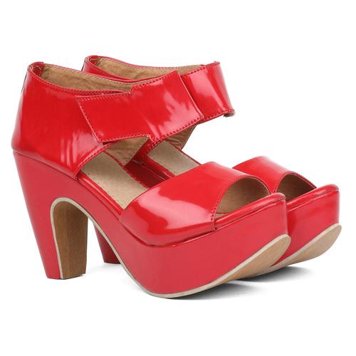 Sindhi Footwear