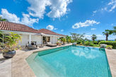 LA PINTA... 4BR Villa, Full AC, Tennis Court & Gym, Huge Pool Area