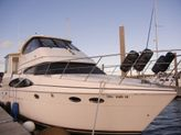 D. Luxury Motor Yacht 59 feet