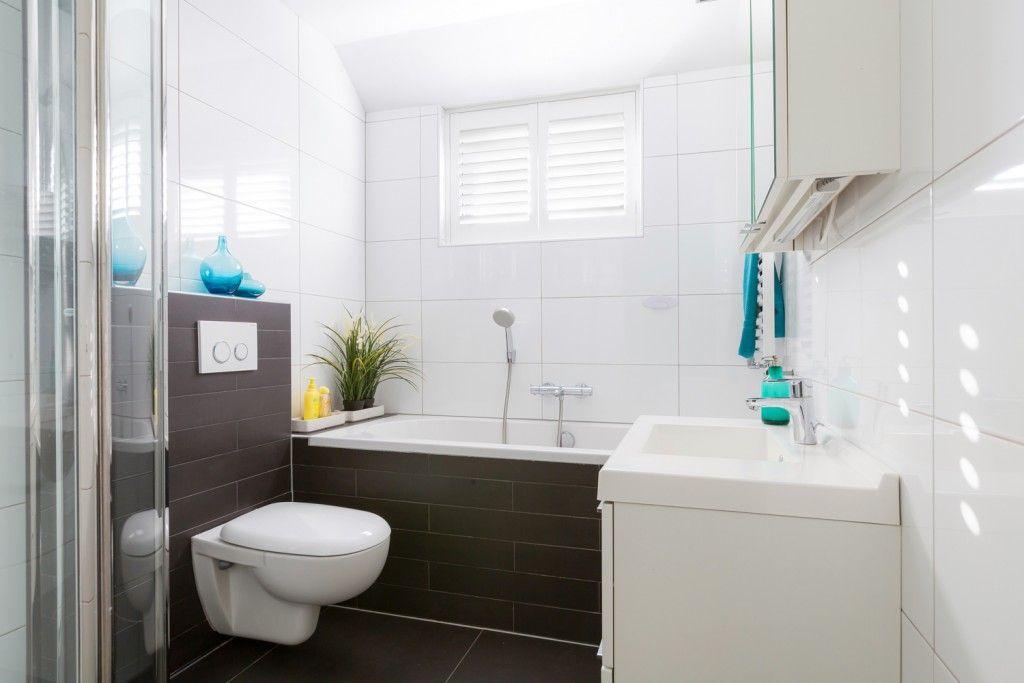Jaloezieen Voor Badkamer : Shutters en houten jaloezieën in je badkamer shutterkoning