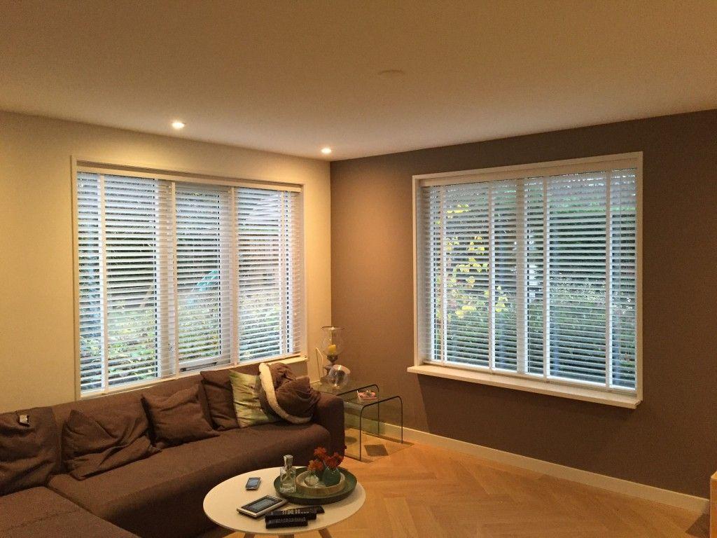 Voorkeur Shutters en houten jaloezieën in je woonkamer | Shutterkoning WM57