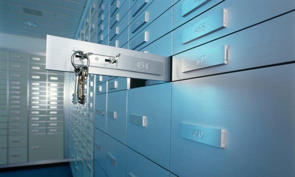 Menyimpan Emas pada Safe Deposit Box Bank via galleryhip.com