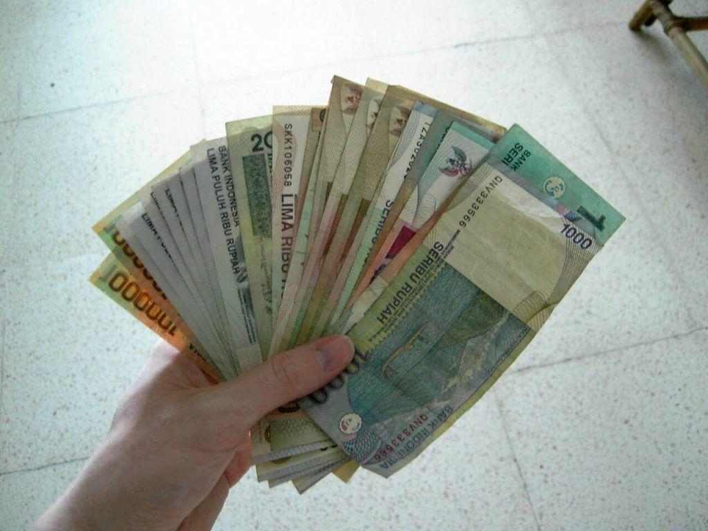 Yuk Saling Menghargai Fisik Uang Rupiah yang Kita Punya