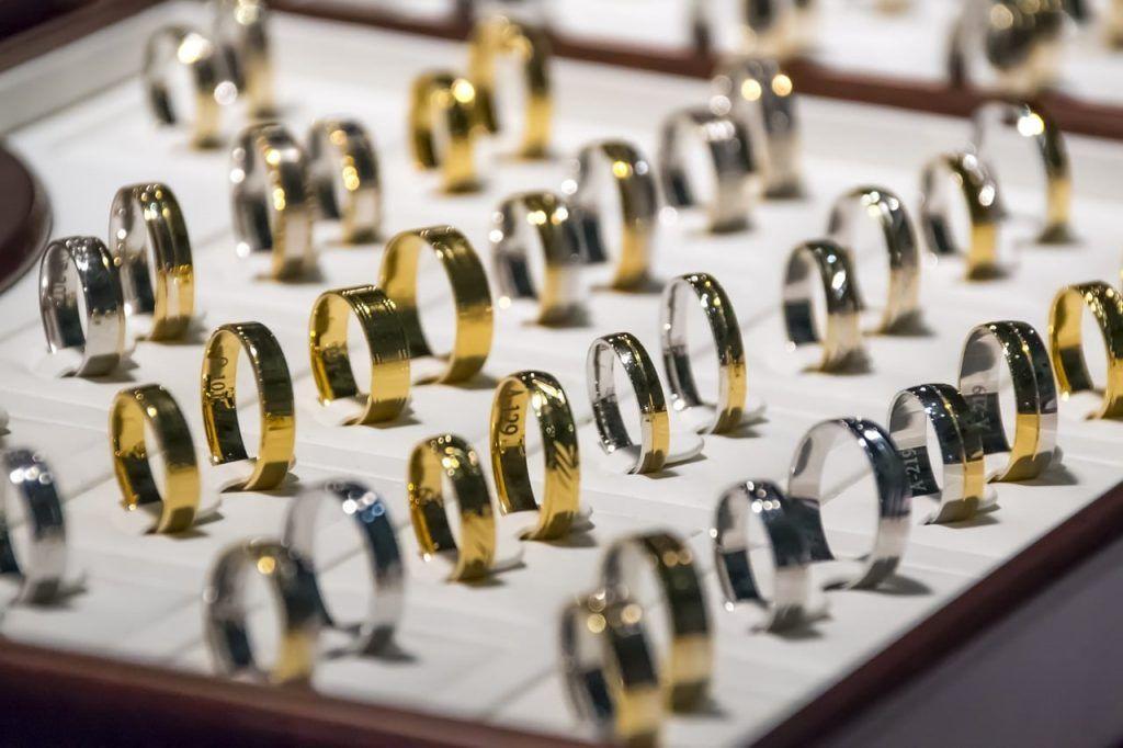 Tips Membeli Perhiasan Emas Murah Pada Saat Pameran