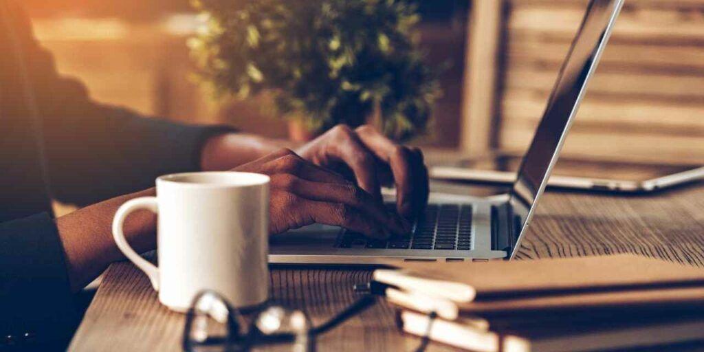Situs Lowongan Pekerjaan yang Aman dari Penipuan Berkedok Lowongan Kerja, Cuma Di sini Tempat yang Aman Cari Kerjaan!