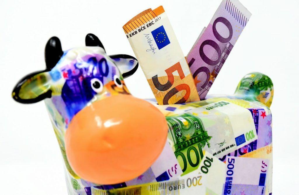 7 Cara Menghasilkan Uang Untuk Mahasiswa Melalui Freelance
