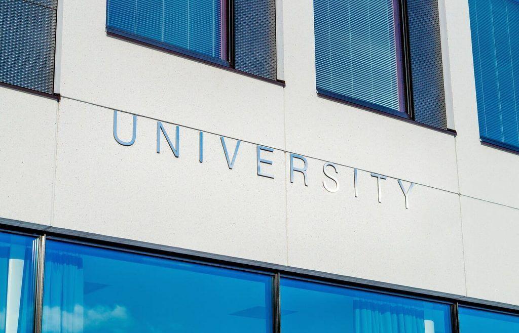 9 Hal yang Calon Penerima Beasiswa Harus Ketahui Mengenai Beasiswa LPDP