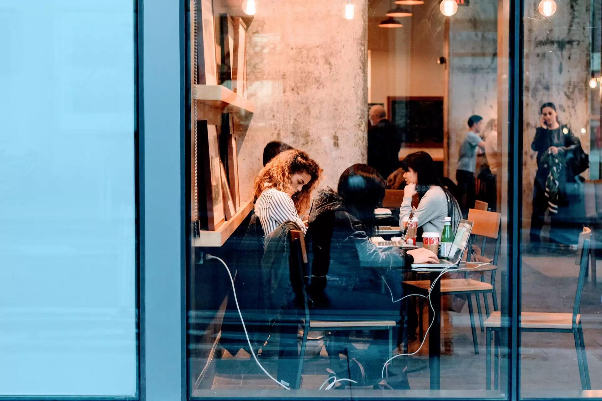 7 Cara Melindungi Karyawan dari Celah Keamanan Cyber di Kantor