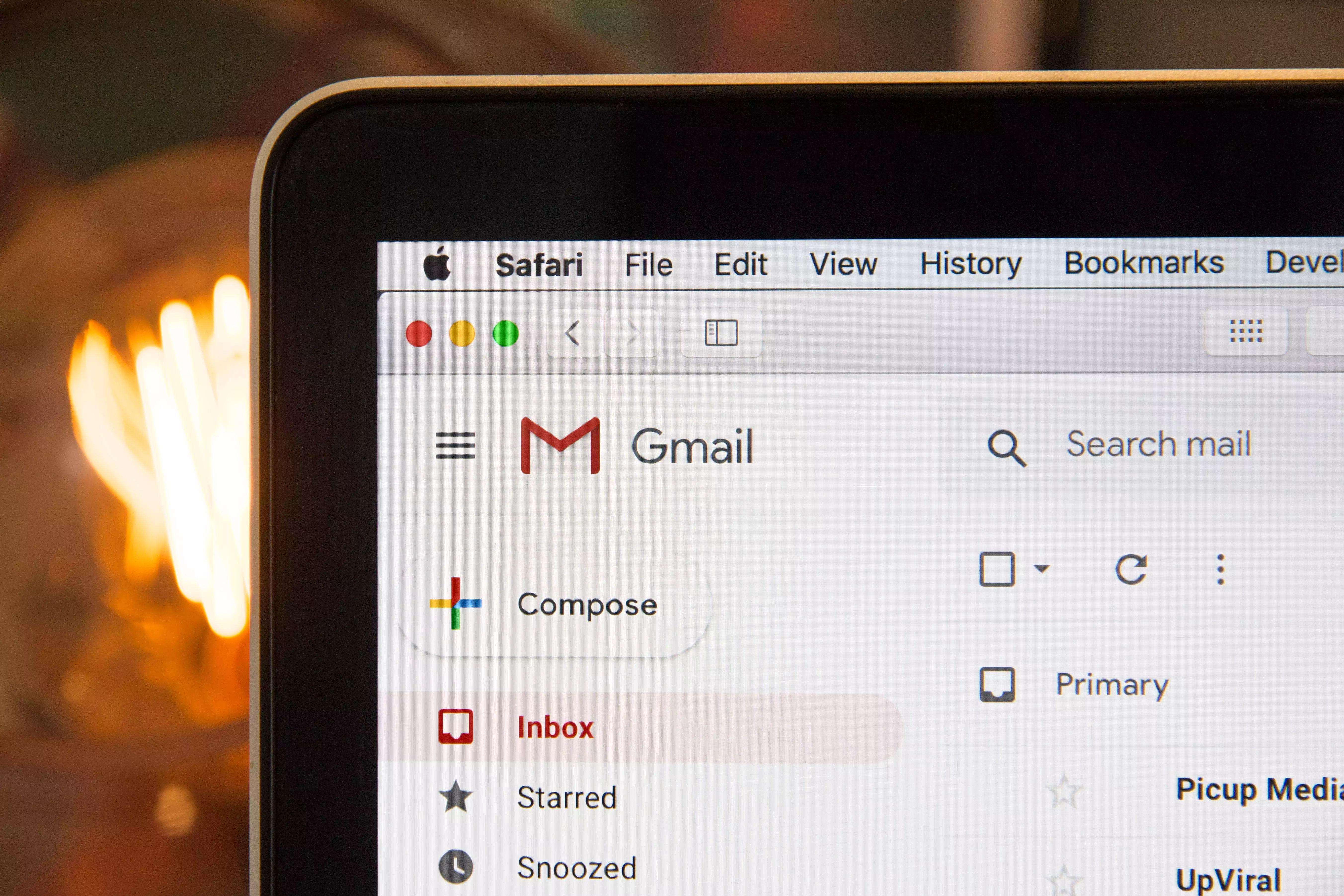 Etika Menulis Email yang Sopan, Baik, dan Benar