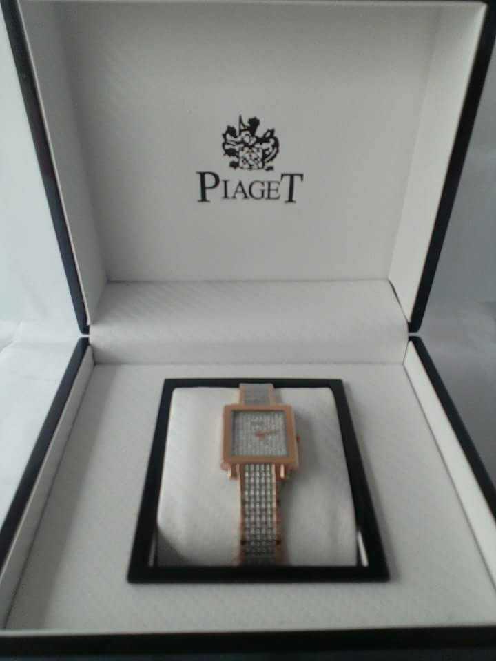 MONTRE PIAGET (115000fcfa)