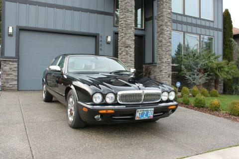 2002 Jaguar XJ8 for sale