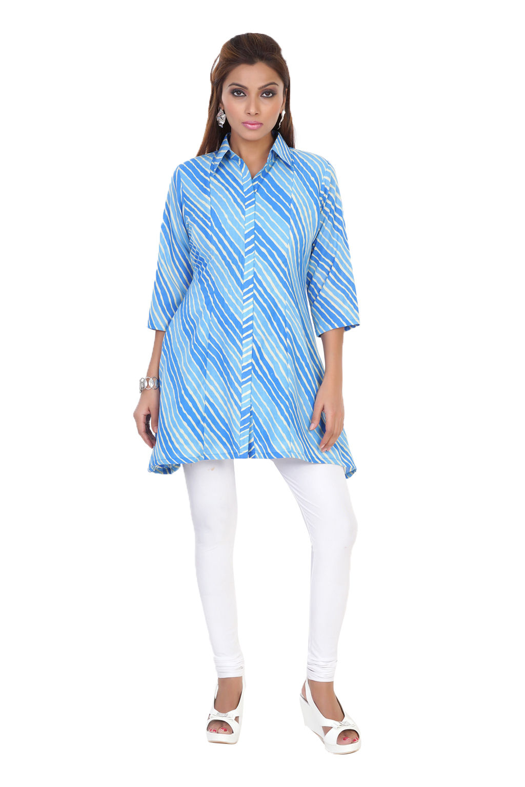 Tunic in light and dark blues