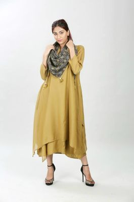 Silk mul dress with scarf